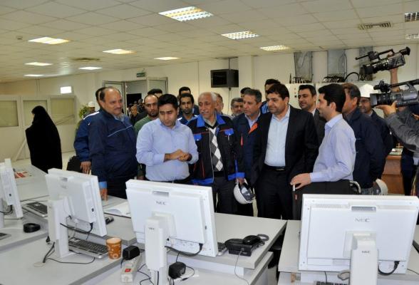 بازدید رئیس ستاد اجرایی فرمان حضرت  امام(ره)